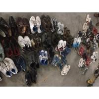 常年大量供应非洲出口二手旧鞋子