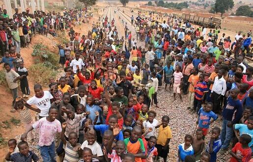 非洲旧衣服进口情况