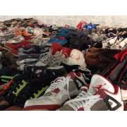 长期大量供应出口非洲优质旧鞋子,时尚皮包,库存新鞋。
