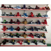 大量供应优质时尚库存新鞋子,款式多样,价格低廉。
