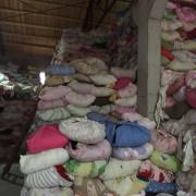 长期供应旧衣服分色毛衣、羊毛等等