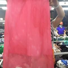 广州工厂专业出口夏装旧衣服丝质短裙