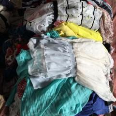 西安长期大量出售夏装