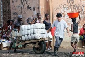 非洲商人在大批撤离中国,对国内旧衣服行业将形成更大的挑战