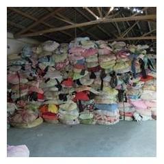 旧衣服统货,月供应百余吨,欢迎前来看货收购