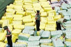 深圳549吨旧衣服被查,传来自太平间,你怎么看?