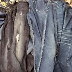 本公司长期出口旧衣服,欢迎订购
