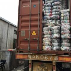 中山工厂出口夏装A货到非洲安哥拉