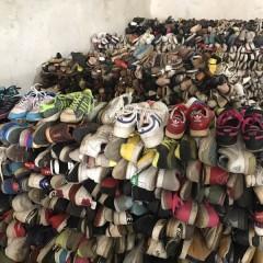长期供应出口旧鞋子