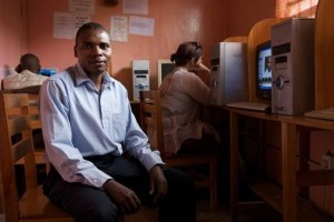 非洲开网页需五六分钟,如何突破这个障碍,建立友好旧衣服生意