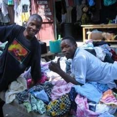 低价处理各种服装、鞋子、包包、7成新以上