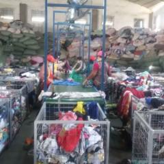 广州 长期供应二手衣服 夏装 鞋子 包