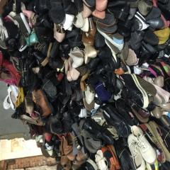 供应大量高跟鞋,旧鞋