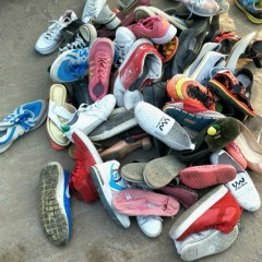长期供应优质鞋子夏装