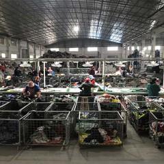 广州工厂 大量出口非洲与东南亚国家旧衣服