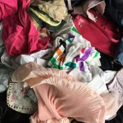 本人长期供应,旧衣服,旧鞋子,旧包包。寻求实力出口工厂长期合作