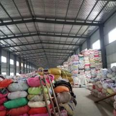 常年回收旧衣服统货,箱子货,捐赠货 月需求量1000吨