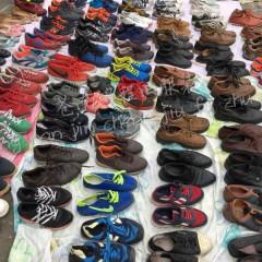 出售各类二手鞋子