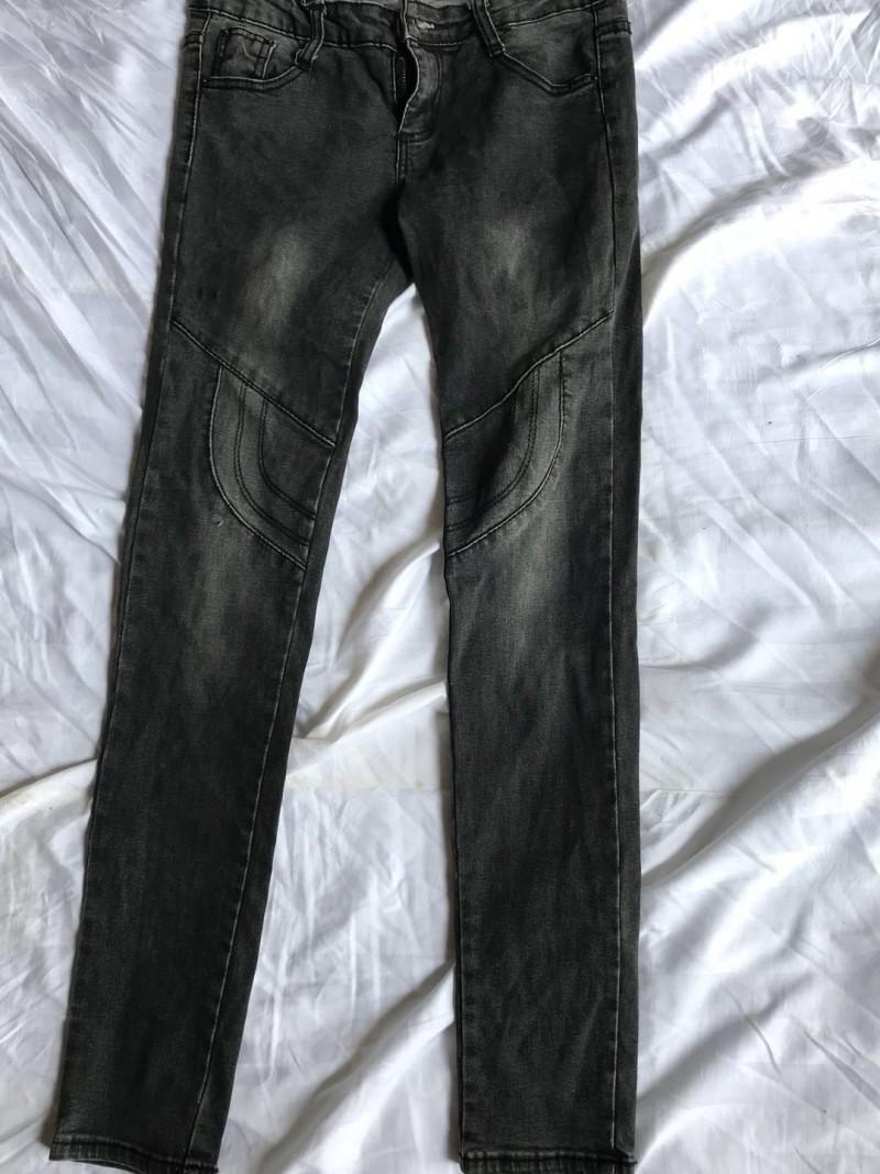 女牛仔小脚裤B1