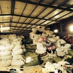 长期供应冬衣,夏衣,鞋子,羽绒服,丝棉