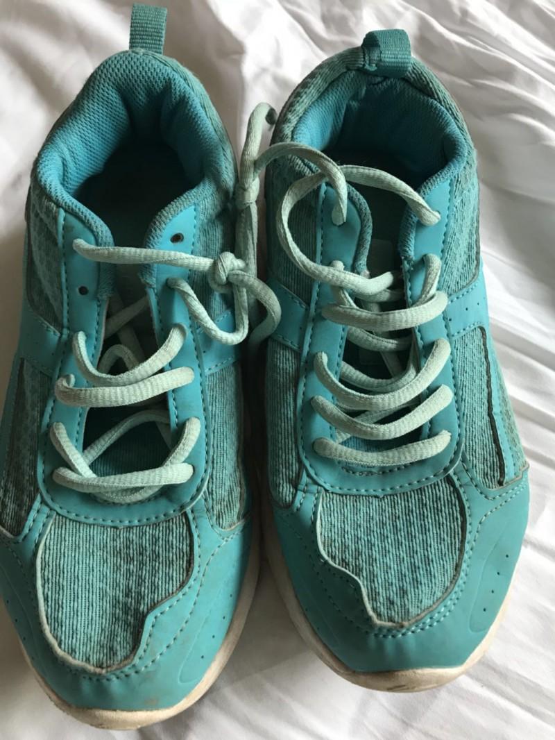 女运动鞋5