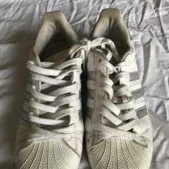 长期供应优质二手男运动鞋/女运动鞋