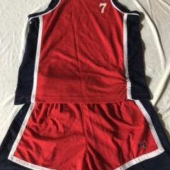 长期供应优质二手男球服/男沙滩裤