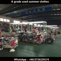 珠海博城出口贸易工厂长期出口旧衣服鞋包到非洲