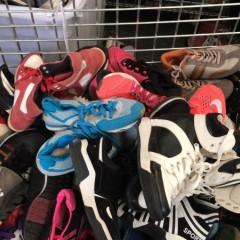 江苏工厂专业出口旧夏装!旧鞋子!旧包包!每月出柜40条!