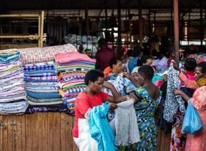 美国与卢旺达发生贸易争端 这次是为了出口旧衣服