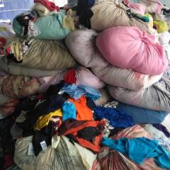 长期采购优质二手旧衣服:旧夏衣旧鞋子旧包包旧衣服统货
