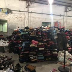 广东工厂长期供应优质包包,欢迎需要的老板来电洽谈!!!