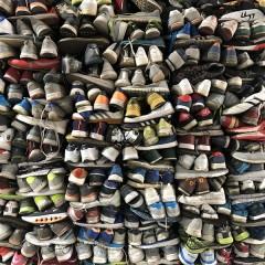 专业从事二手鞋子进出口,货源充足