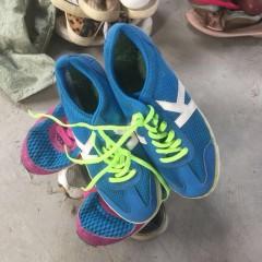 广州长期供应二手衣服、夏衣、鞋子,皮包,出口非洲安哥拉加纳等