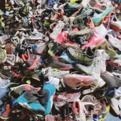 长年有大量成品旧鞋旧皮包可直办出口非洲中东东南亚等地区