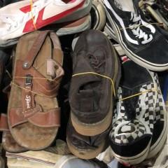 大量废旧鞋子供应