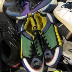 供应女式旧鞋子,价格随意