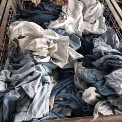 大量供应夏季优质旧衣服