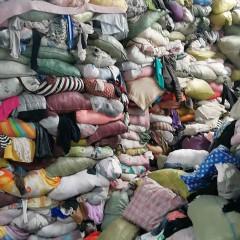 长期大量收购旧衣服统货,箱子货