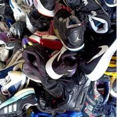 AA大量收购精品鞋,国际鞋,包包,儿童鞋