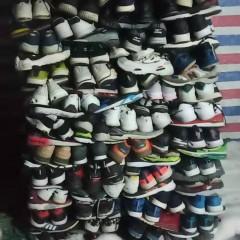 浙江工厂长期出口旧鞋子,旧皮包