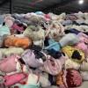 潍坊大量衣服统货供应,现货可看